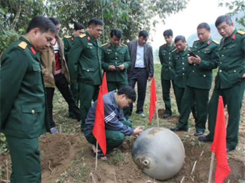 Unidentified objects falling from the sky may be satellite's fuel tank, social news, vietnamnet bridge, english news, Vietnam news, news Vietnam, vietnamnet news, Vietnam net news, Vietnam latest news, vn news, Vietnam breaking news
