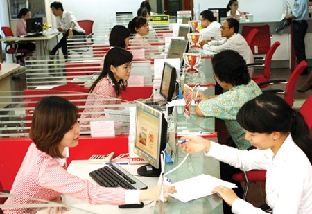 VN central bank adopts flexible rate mechanism