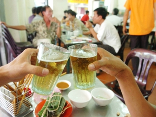 Vietnamese drank 3.4 billion liters of beer in 2015