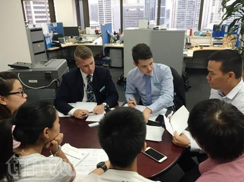 Hundreds of Vietnamese students in Australia purchase fake air tickets