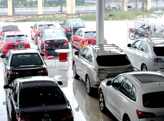 Car prices in VN jump following tax adjustment