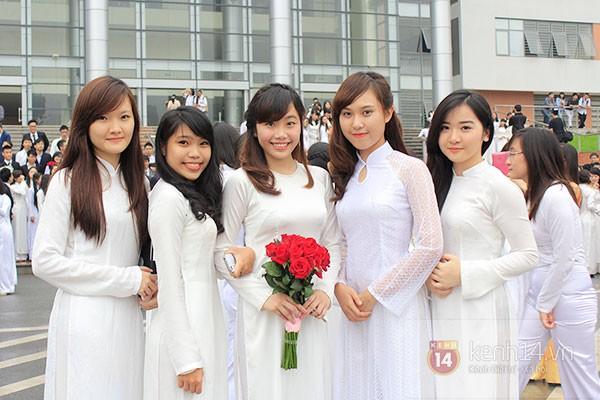 HCMC Education Department asks schoolgirls to wear Ao dai once per week, vietnamese ao dai, social news, vietnamnet bridge, english news, Vietnam news, news Vietnam, vietnamnet news, Vietnam net news, Vietnam latest news, vn news, Vietnam breaking news