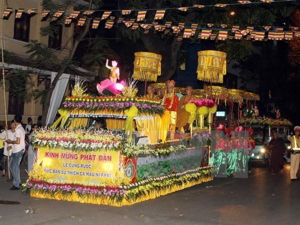 Myanmar presents Lord Buddha's sarira to Vietnamese pagoda