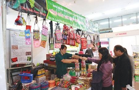 Lunar New Year festival opens in Hanoi