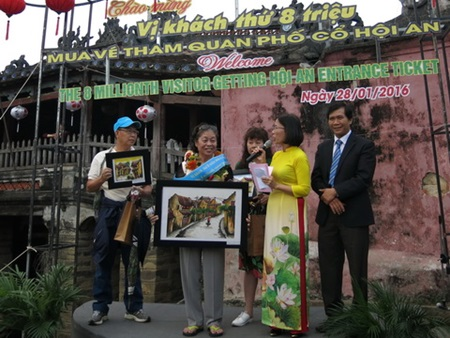 Hoi An ancient town welcomes eight-millionth visitor