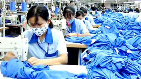 FTAs, textiles industry, lower labour costs, domestic economy, Vietnam economy, Vietnamnet bridge, English news about Vietnam, Vietnam news, news about Vietnam, English news, Vietnamnet news, latest news on Vietnam, Vietnam