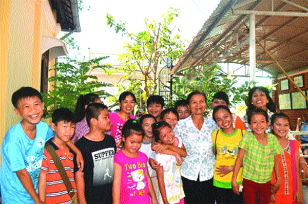 Poor students, Ben Tre, free English classes, Vietnam economy, Vietnamnet bridge, English news about Vietnam, Vietnam news, news about Vietnam, English news, Vietnamnet news, latest news on Vietnam, Vietnam