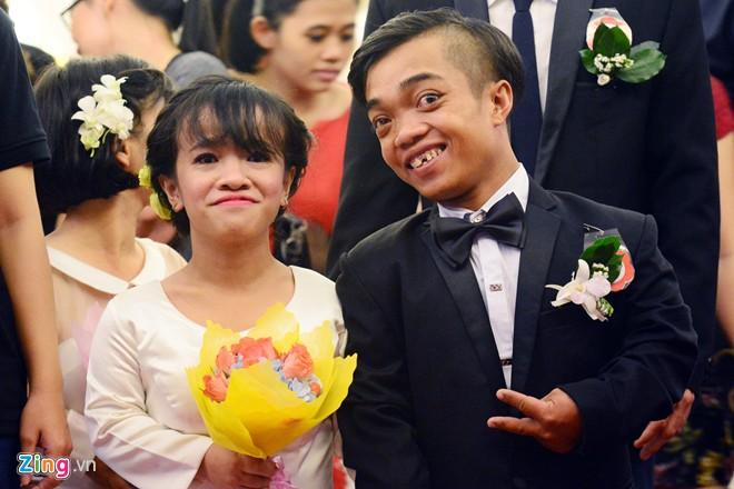 In pictures: Love story of the 1.1m couple