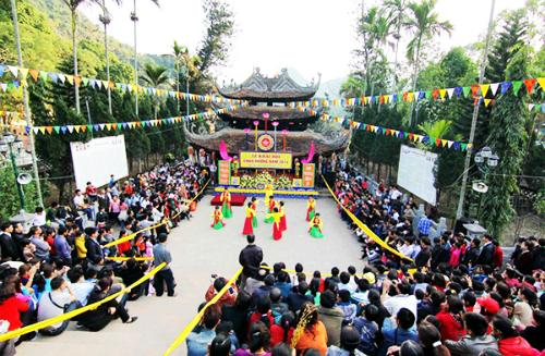The most famous spring festivals in Vietnam