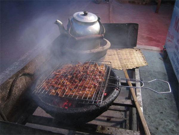 Binh Dinh, special cuisine, culinary culture, pork roll, Vietnam economy, Vietnamnet bridge, English news about Vietnam, Vietnam news, news about Vietnam, English news, Vietnamnet news, latest news on Vietnam, Vietnam