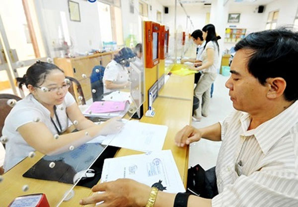 HCM City cuts back red tape