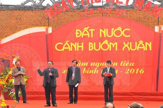 Vietnam Poetry Day 2016 spotlighted in Hanoi