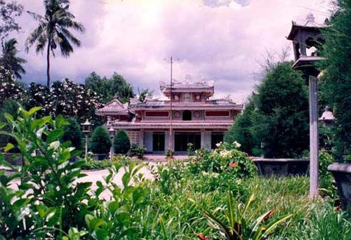 The five oldest Buddhist temples in Saigon, hue nghiem, giac lam, giac vien, ba thien hau, phung son, Vietnam guide, Vietnam airlines, Vietnam tour, tour Vietnam, Hanoi, ho chi minh city, Saigon, travelling to Vietnam, Vietnam travelling, Vietnam travel,
