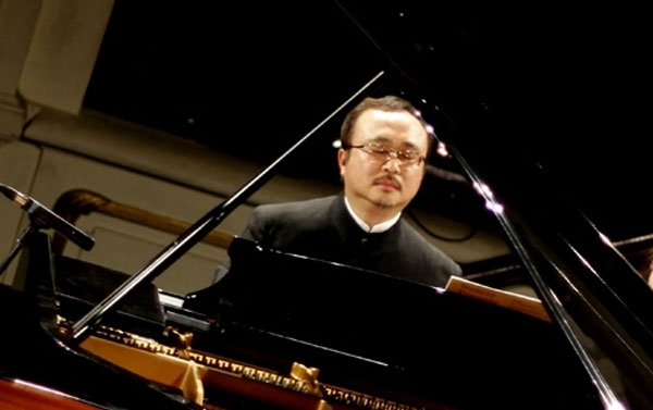 dang thai son Winner of the tenth international chopin piano competition, outstanding vietnamese-canadian pianist dang thai son performs a virtuosic programme for his singapore international piano festival recital – paderewski, liszt, and more.