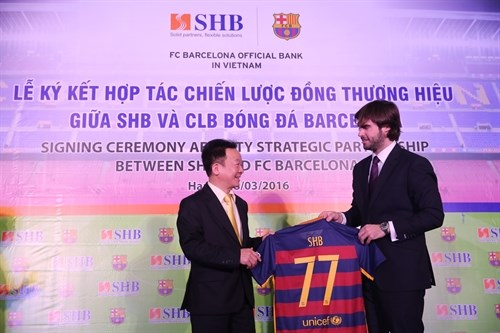 Barcelona FC may visit Vietnam in 2017