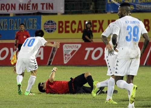Player out of national team training course for conflict with referee