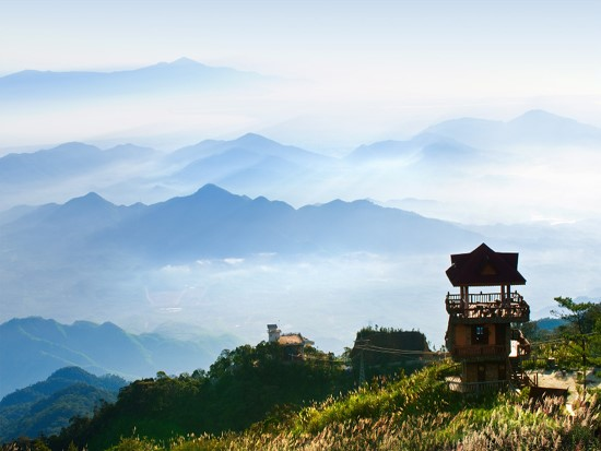 10 top destinations in central Vietnam