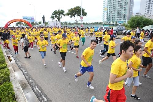 Runners prepare for the annual Da Nang International Marathon