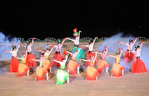 Over 20 int'l art troupes to attend Hue Festival 2016
