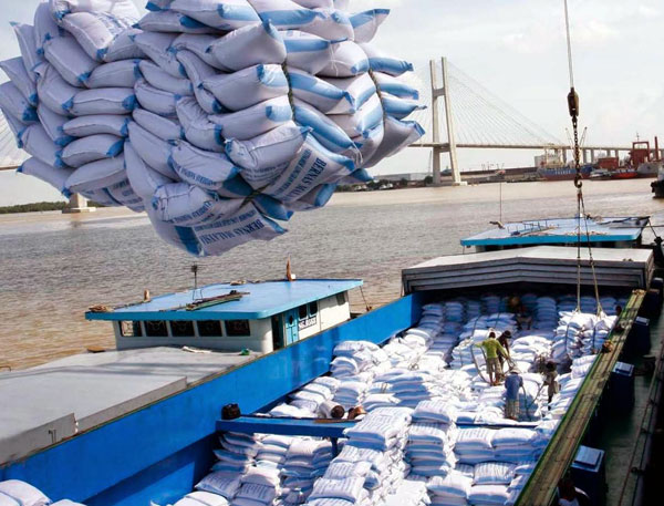 Vietnam economy, Vietnamnet bridge, English news about Vietnam, Vietnam news, news about Vietnam, English news, Vietnamnet news, latest news on Vietnam, Vietnam, FDI, MPI, rice exporters, VFA, G2G contracts