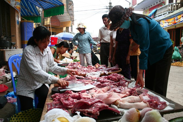 Unsafe food is the top cause of cancer in Vietnam, cancer, unsafe food, sabutamol, lean pork, social news, vietnamnet bridge, english news, Vietnam news, news Vietnam, vietnamnet news, Vietnam net news, Vietnam latest news, vn news, Vietnam breaking news