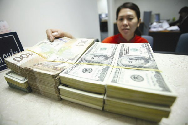 Vietnam forex reserves