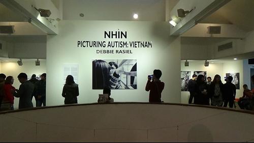 exhibition features autistic vietnamese children news vietnamnet