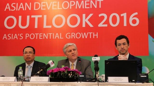 Vietnam's economy to grow 6.7 percent in 2016: ADB, vietnam economy, business news, vn news, vietnamnet bridge, english news, Vietnam news, news Vietnam, vietnamnet news, vn news, Vietnam net news, Vietnam latest news, Vietnam breaking news
