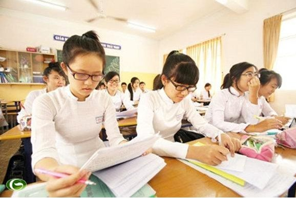 Around 66,000 students sit for senior high school graduation exam in HCM City