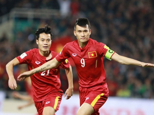 VN football team climbs two places on global rankings