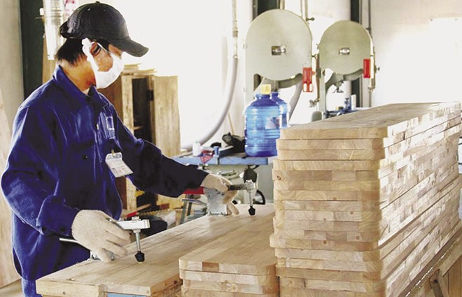 Burden of unofficial expenses on businesses in Vietnam Da Nang continues to lead in the competitiveness index