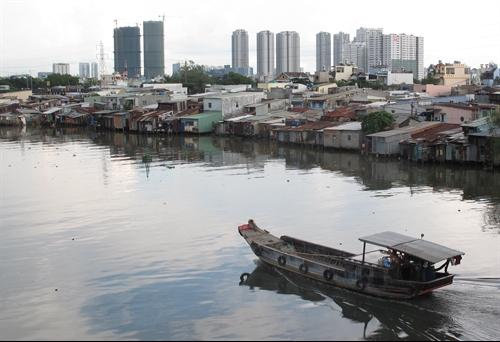 HCM City project to relocate slum dwellers faces resistance