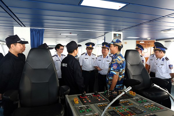 Vietnam, China coast guards conduct joint fishery patrol