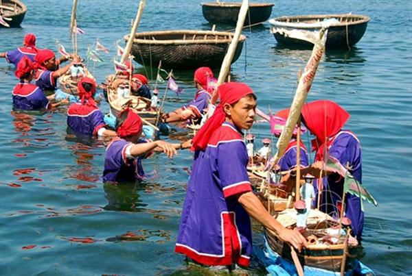 East Sea, Ly Son festival,honour fallen sailors, Vietnam economy, Vietnamnet bridge, English news about Vietnam, Vietnam news, news about Vietnam, English news, Vietnamnet news, latest news on Vietnam, Vietnam