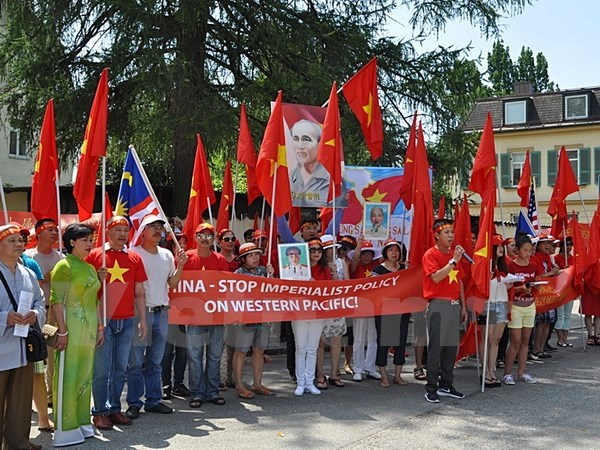 Vietnamese in Germany object to China's acts in East Sea, Government news, politic news, vietnamnet bridge, english news, Vietnam news, news Vietnam, vietnamnet news, Vietnam net news, Vietnam latest news, vn news, Vietnam breaking news