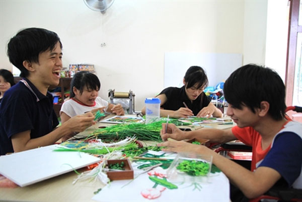 Craft training, disabilities, vocational training centre, Vietnam economy, Vietnamnet bridge, English news about Vietnam, Vietnam news, news about Vietnam, English news, Vietnamnet news, latest news on Vietnam, Vietnam