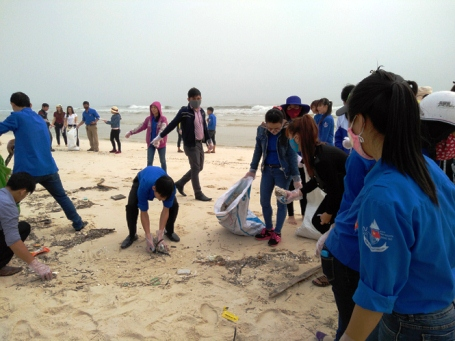 Panoramic view of mass fish death in central Vietnam, environmental news, sci-tech news, vietnamnet bridge, english news, Vietnam news, news Vietnam, vietnamnet news, Vietnam net news, Vietnam latest news, Vietnam breaking news, vn news