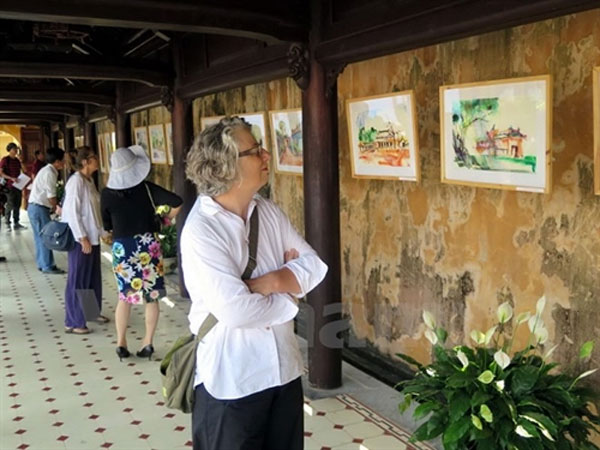 Art exhibition shows beauty of Hue