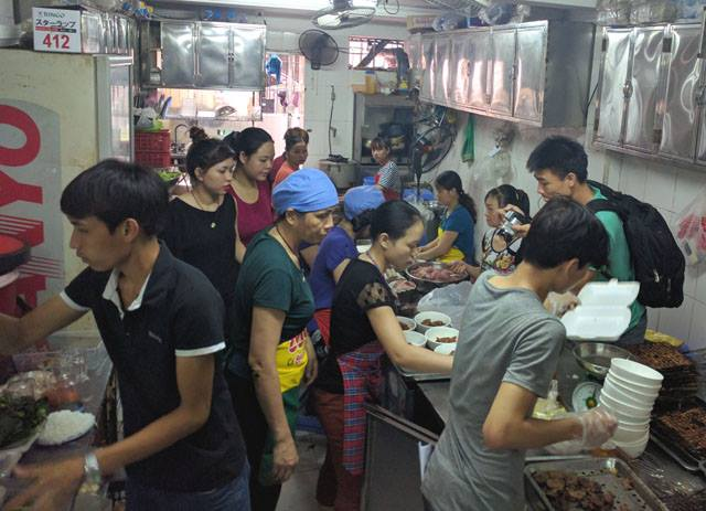 Hanoi's Bun cha shop packed after Obama's visit, social news, vietnamnet bridge, english news, Vietnam news, news Vietnam, vietnamnet news, Vietnam net news, Vietnam latest news, vn news, Vietnam breaking news