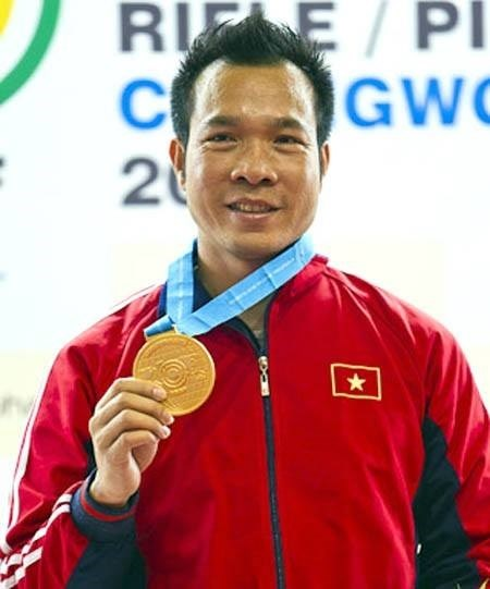 Hoang Xuan Vinh wins World Cup bronze for shooting