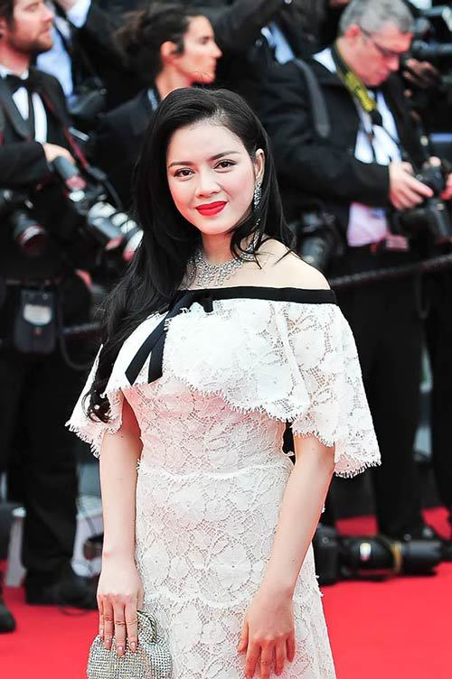 15 luxury gowns of Ly Nha Ky at Cannes Film Festival