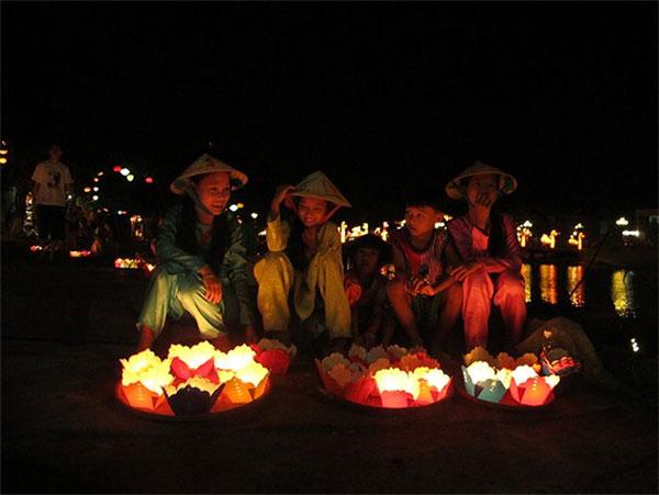 [Hình: 20160602102451-lantern-2-hoian.jpg]