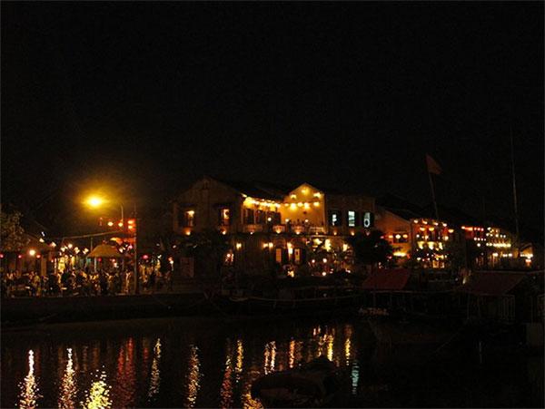 [Hình: 20160602102508-lantern-4-hoian.jpg]