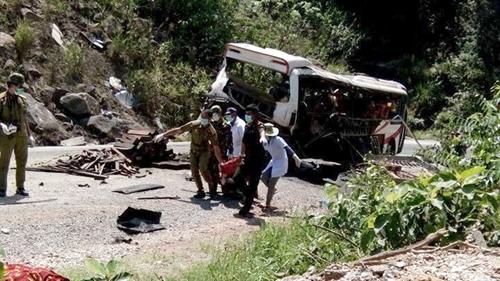 Bus accidents today – Talk Vietnam