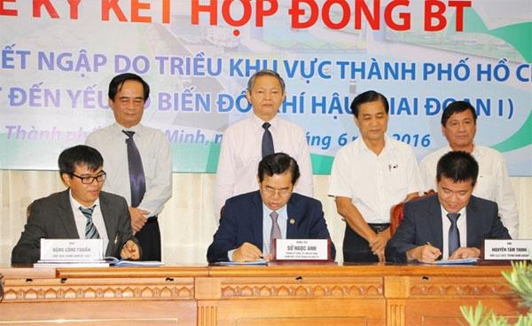HCM City begins $450m flood prevention project