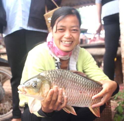 Cam Son Lake, colourful ethnic markets, Vietnam economy, Vietnamnet bridge, English news about Vietnam, Vietnam news, news about Vietnam, English news, Vietnamnet news, latest news on Vietnam, Vietnam