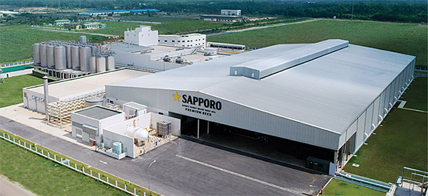 Japanese brewer Sapporo Holdings is launching a cheaper beer brand later this month, marking its expansion from the high-end segment of the Vietnamese beer market.