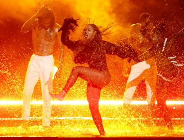 Beyonce dominates MTV video nominations, Taylor Swift shut out