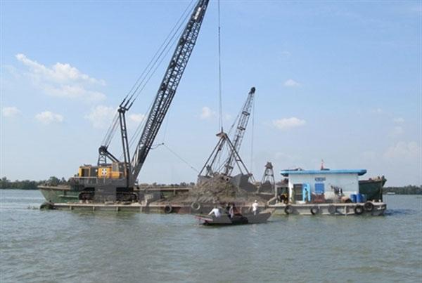 Mekong Delta rivers get deeper