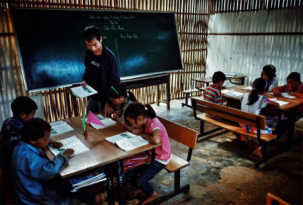 Fight against illiteracy, reforming teaching methods, Vietnam economy, Vietnamnet bridge, English news about Vietnam, Vietnam news, news about Vietnam, English news, Vietnamnet news, latest news on Vietnam, Vietnam